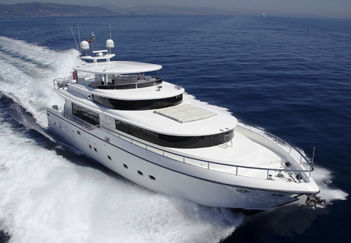 Motor yacht4MAL